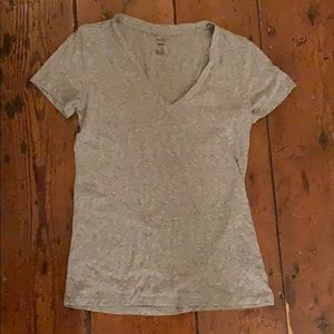 aerie v-neck shirt